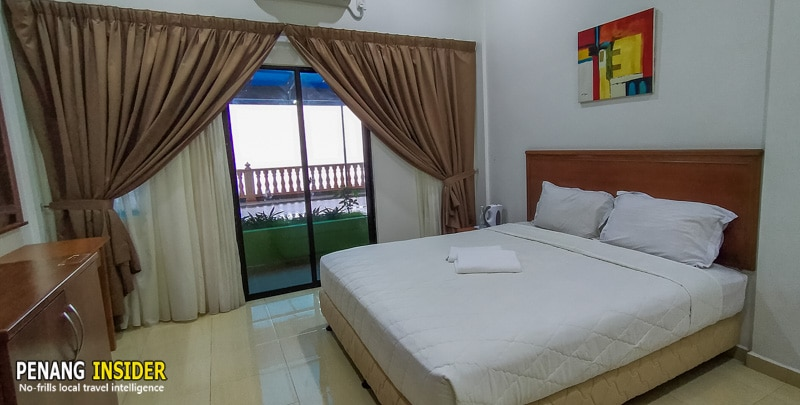 A sea-facing double room at Hype Eco Park Resort
